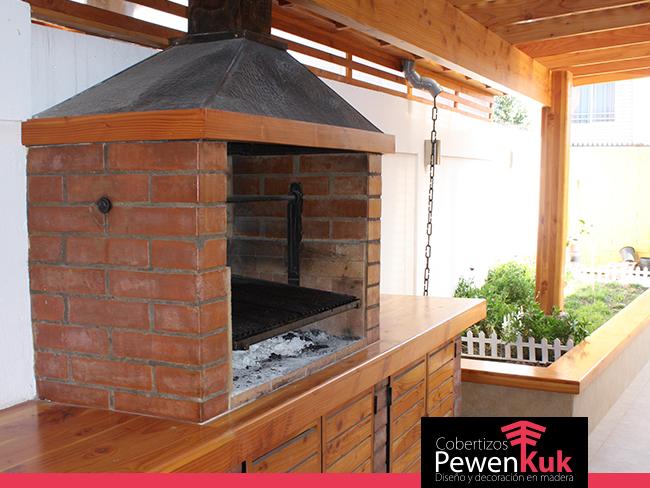 Los mejores quinchos y terrazas cobertizos pewenkuk for Cobertizos de madera prefabricados