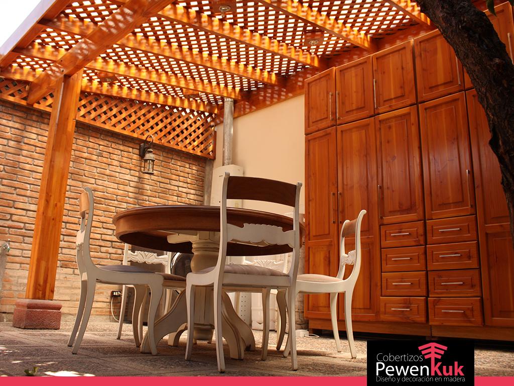 Cobertizos pewenkuk especialistas en terrazas y quinchos for Cobertizos para patios