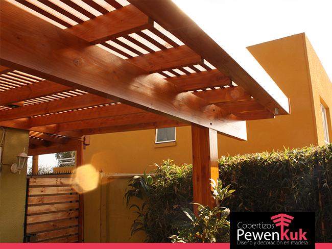 Proyecto integral madera en la casa cobertizos pewenkuk for Casas con cobertizos